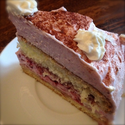 Preiselbeer-Mascarpone-Torte