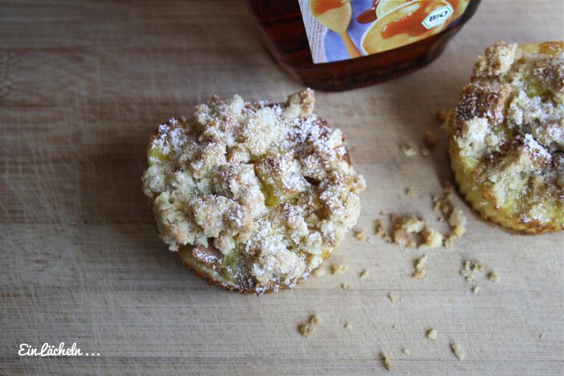 Ein Lächeln ... French-Toast-Muffins mit Mandel-Crumbles